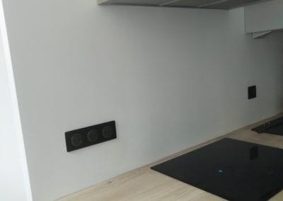Rénovation d'une cuisine avec pose d'une cloison