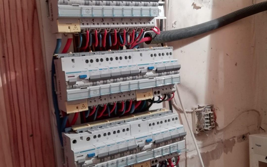 Remplacement d'un tableau de protection électrique